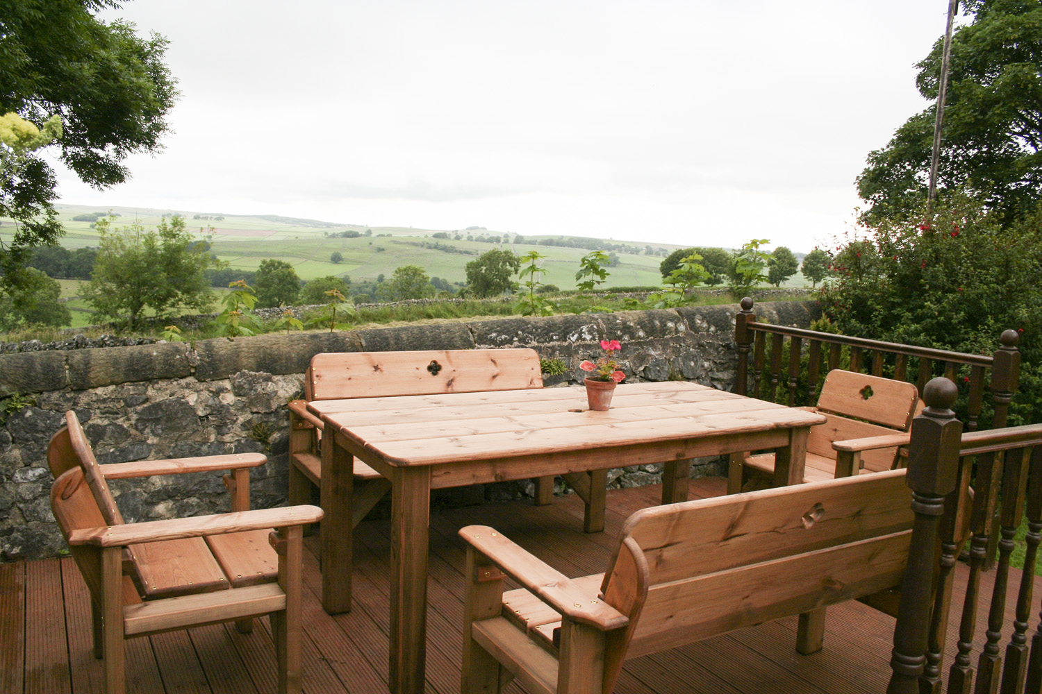 Extensive rural views can be enjoyed from the outdoor seating area.